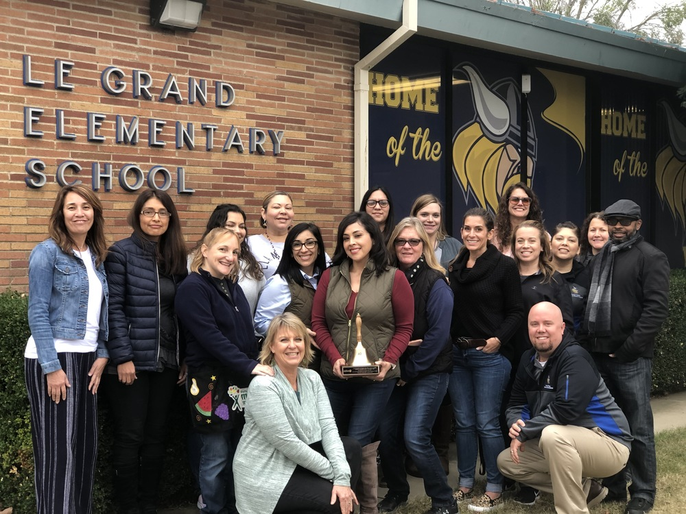Le Grand Elementary Receives Golden Bell Award